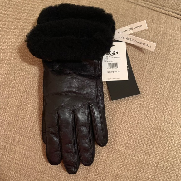3808ffd48a0 NWT UGG Black Leather Cashmere Lined Smart Gloves NWT